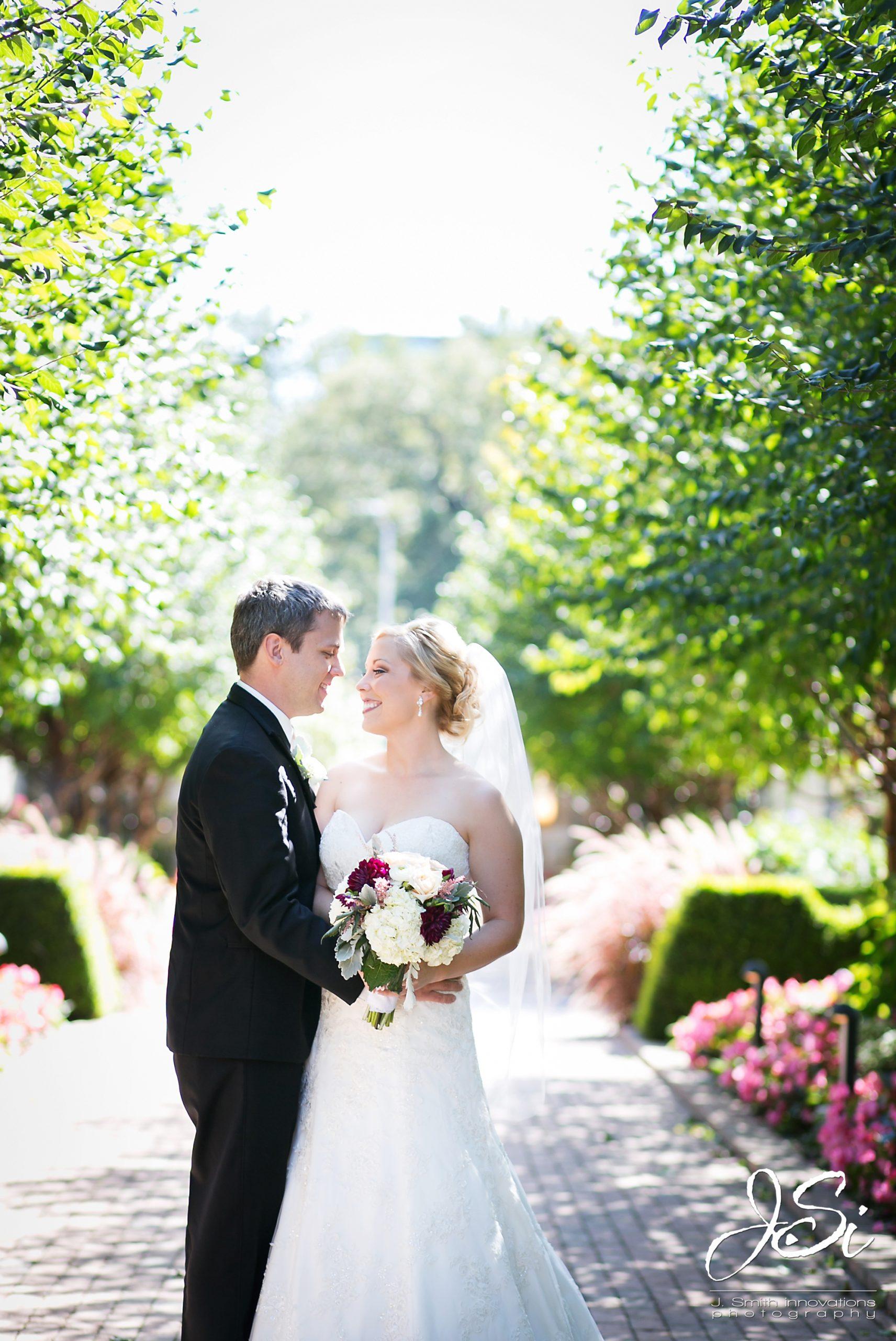 KC Wedding Photographers Kansas City husand wife photography team picture blog