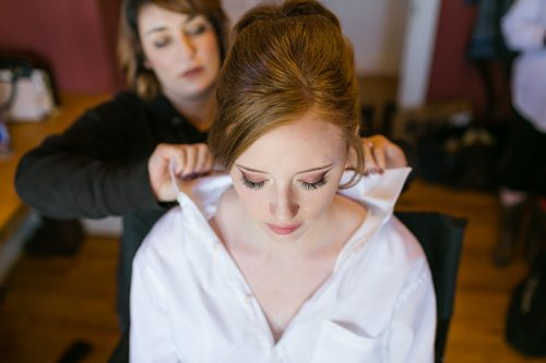 stunning bride getting ready real story photo