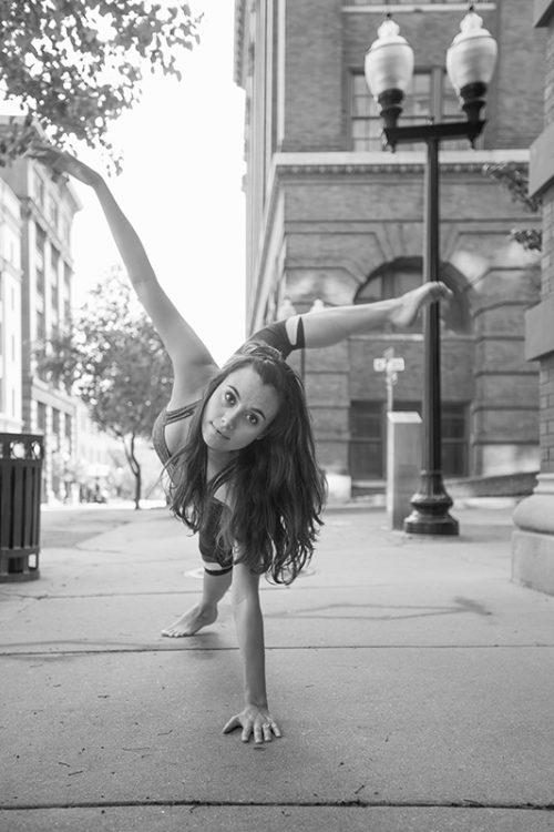 modern dancer dance picture