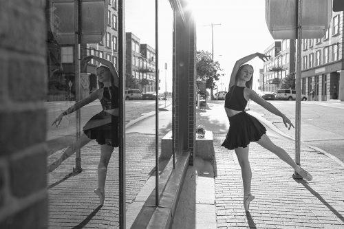 pointe ballet dancer reflection photo