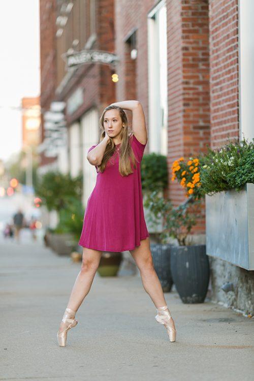 unique pointe dancer photo in alley
